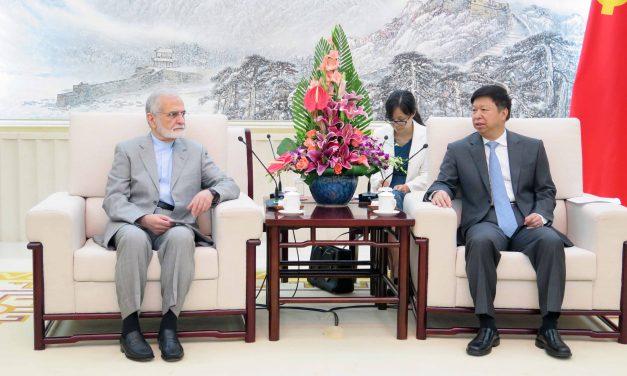 دیدار دکتر خرازی با وزیر بین الملل حزب کمونیست چین