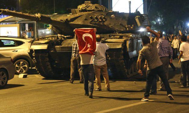 رسانه ها؛ کودتای نافرجام در ترکیه و …