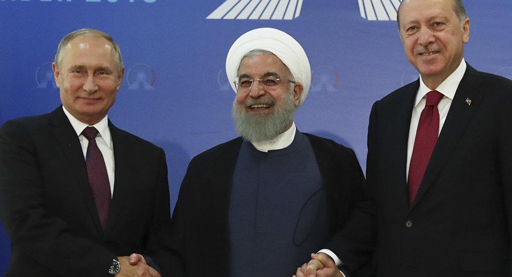 رسانه ها ؛ حضور پوتین در نشست سه جانبه تهران و…