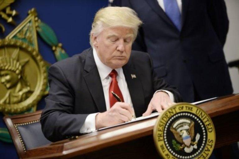 رسانه ها ؛ فرمان ضد مهاجرتی ترامپ و…