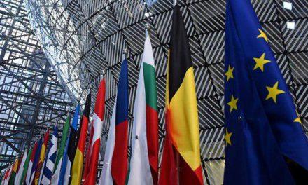 سایه شکاف اروپایی بر نشست لهستان