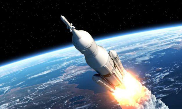 پیامدهای توسعه فناوری نظامی آمریکا در فضا