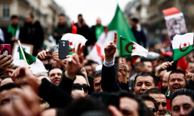 بحران سیاسی یکساله در الجزایر و راهکار خروج از آن