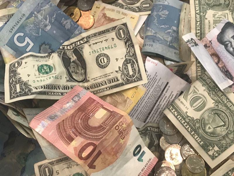 نقش دلار در دهه آینده؟