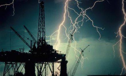 تنشهای ژئوپلیتیک در منطقه؛ پیامد جنگ نفت