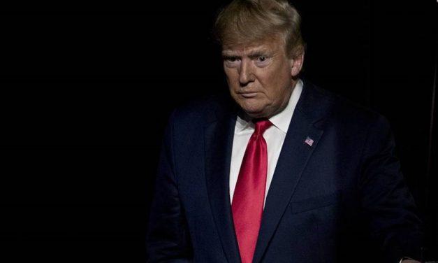 ناکامی ترامپ در داخل و انزوا در خارج
