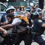 مشت آهنین ترامپ و تداوم و تشدید اعتراضات در آمریکا