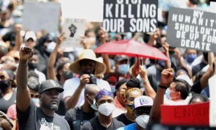 نژادپرستی درمانناپذیر در آمریکا
