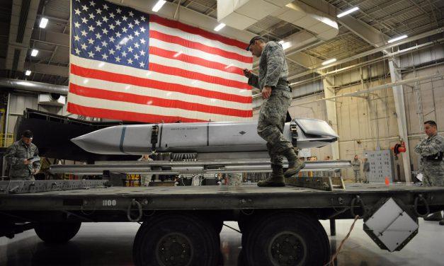 رسانه ها ؛ نوسازی بی سابقه سلاحهای هسته ای آمریکا و…