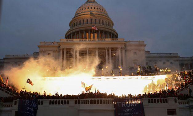 رسانهها: شورش هواداران ترامپ در مقابل کنگره و…