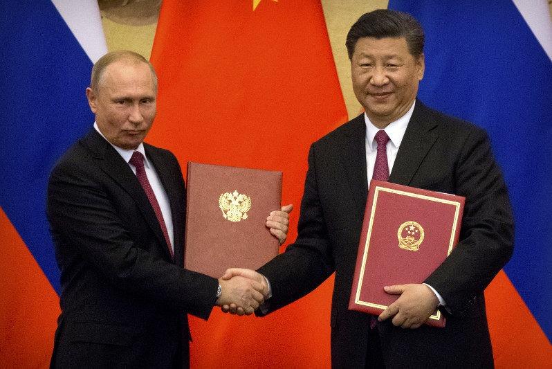 رسانه ها ؛ فاصله گرفتن روسیه و چین از دلار و…