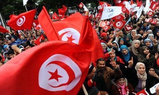 پشت پرده تحولات سیاسی اخیر تونس؛ تقابل سکولاریسم و اسلامگرایی